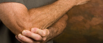Arbejdsgiver frifundet for skade i ansats skulder
