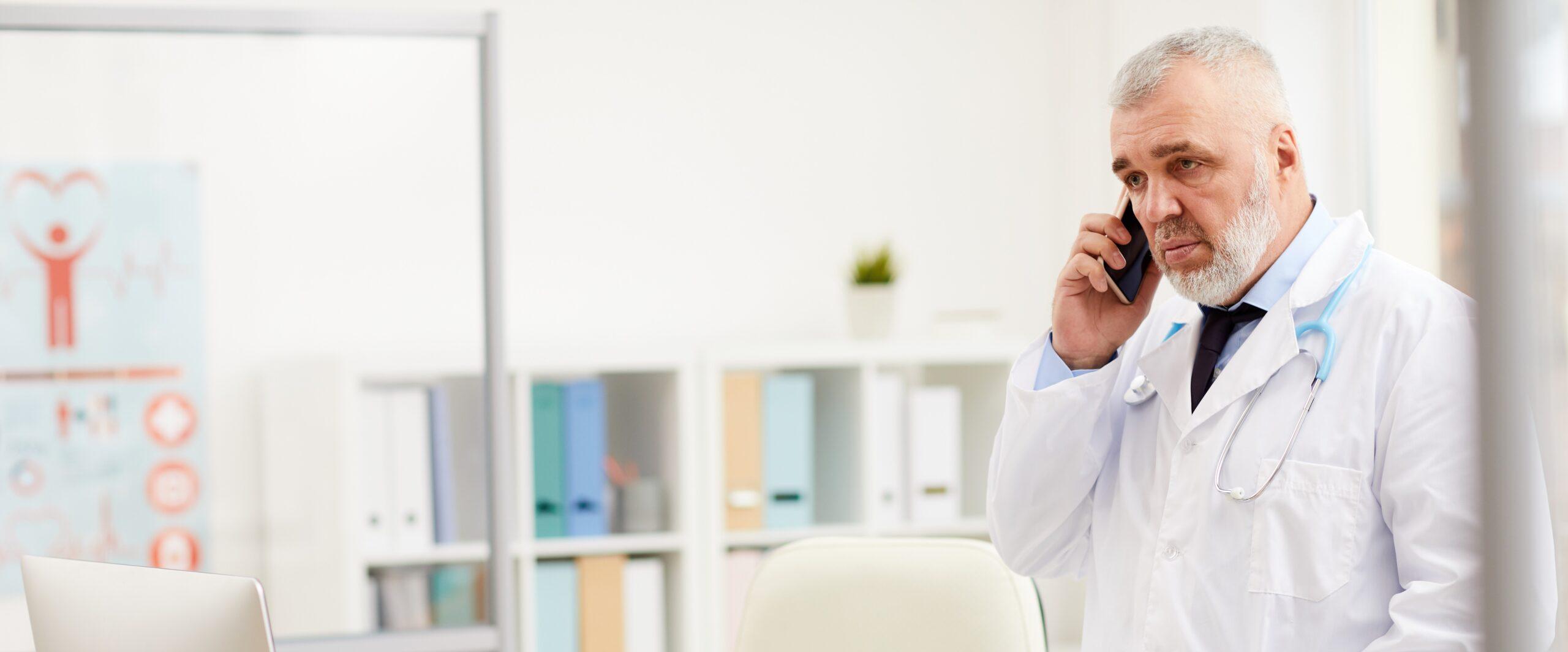Styrelsen for Patientklager udtrykker kritik af lægevagten og hospital i forbindelse med chefredaktørs død.